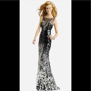 🔥BNWT CLARISSE COUTURE OMBRE SEQUIN PROM GOWN